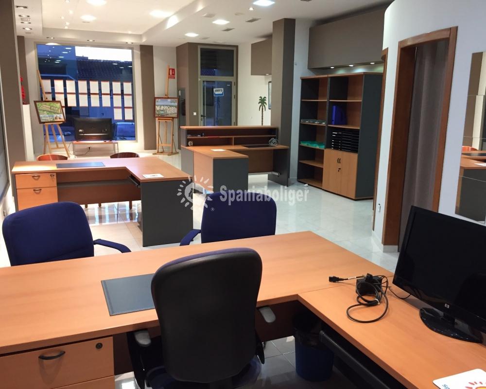 La Nueva Oficina En Benijofar Empezar A Prepararse  # Muebles Benijofar