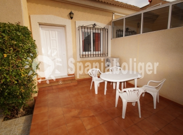 Semi-detached house - Resale - Torrevieja - Aguas Nuevas